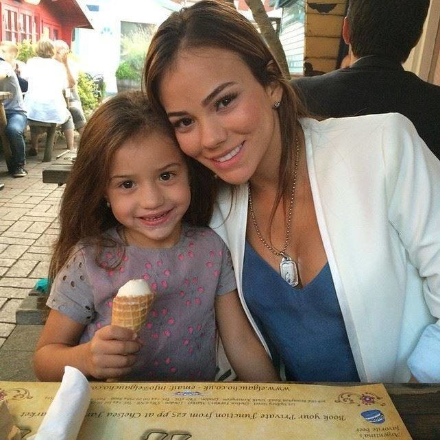 Jessica Sterling y Dulce María Ospina